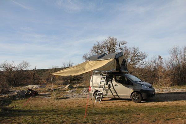 Tente de toit V8 installée